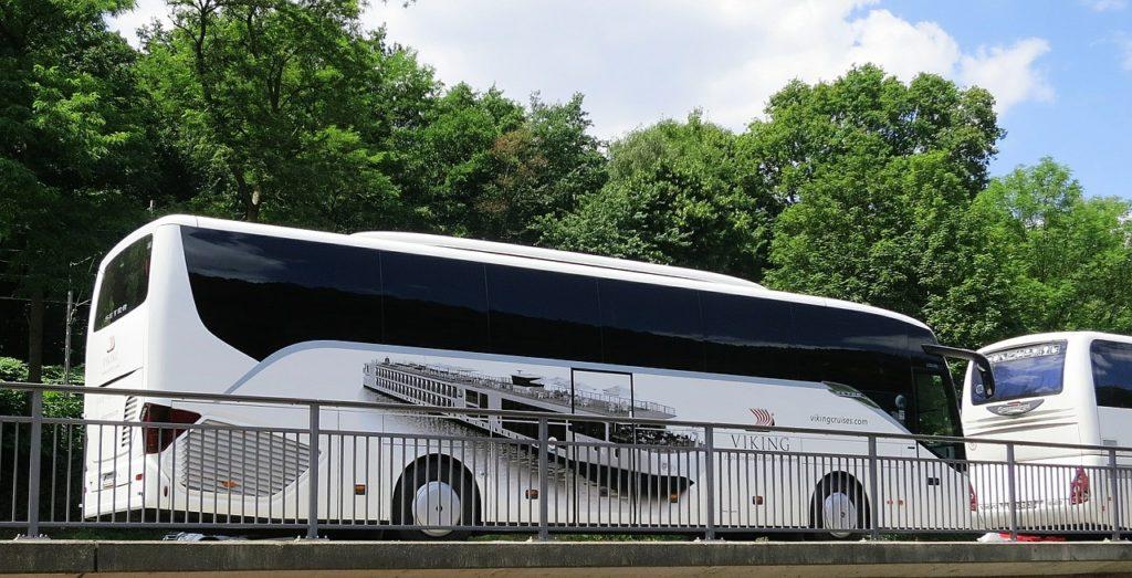 Busreisen sind nicht nur bequem sondern auch günstig